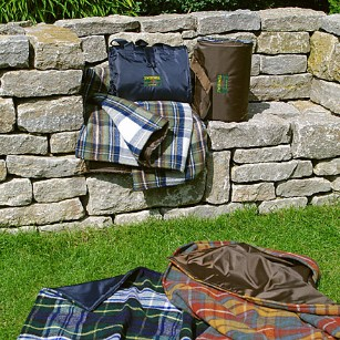 EVENTER in vielen Tartan